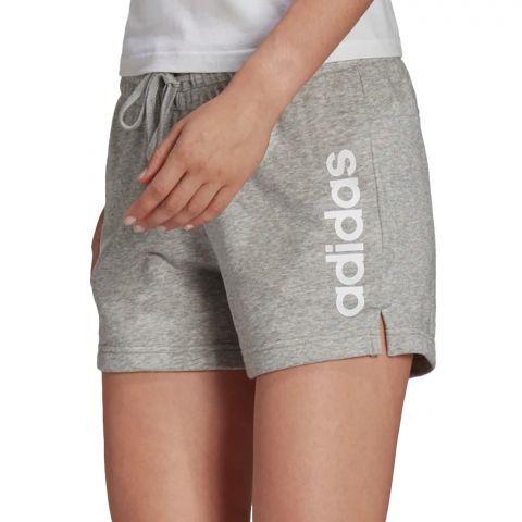 Adidas-Essentials-Slim-Logo-Short-Dames-2109091417