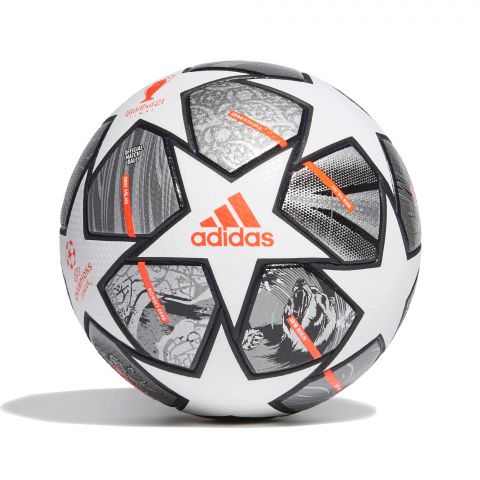 Adidas-Finale-UCL-Pro-Voetbal-2106281041